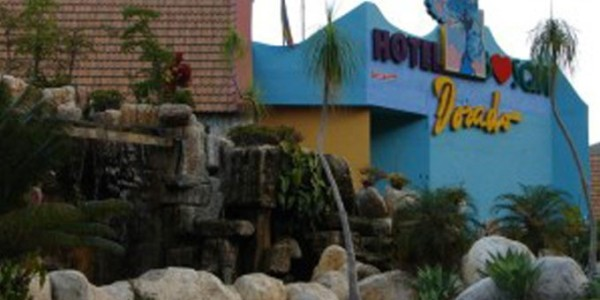 HOTEL BOSQUE DORADO